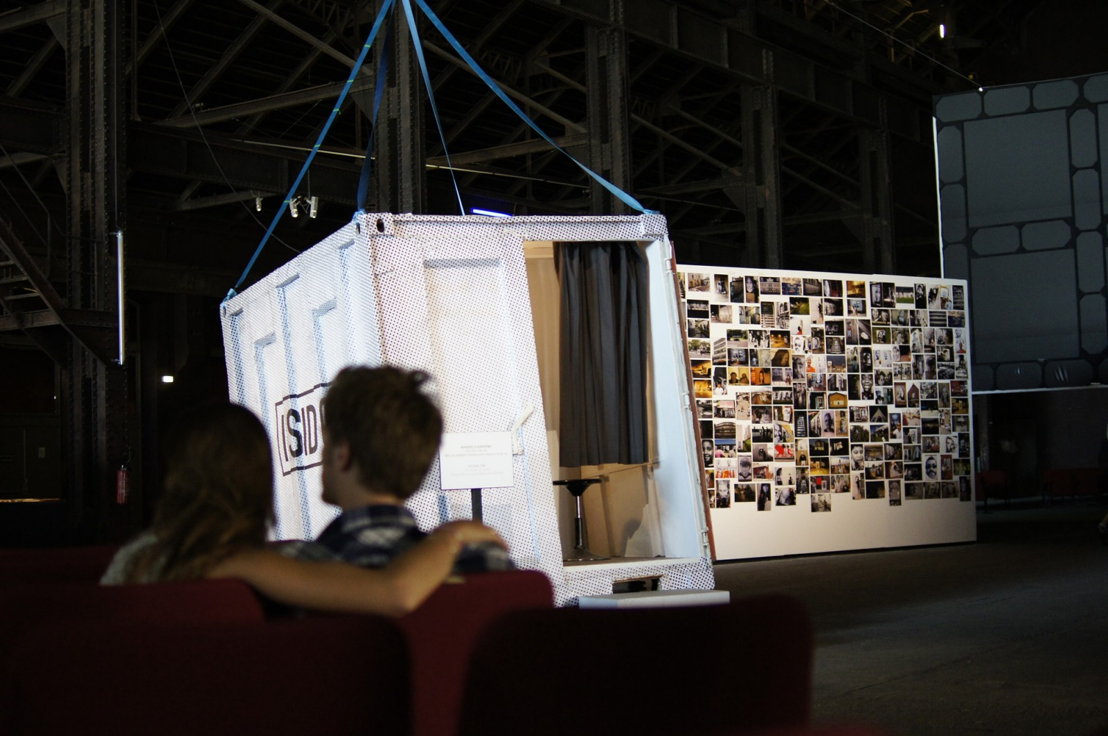 Inside Out - Photobooth Arles
